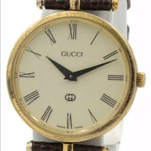 Vintage Women's GUCCI Gold Tone Wristwatch